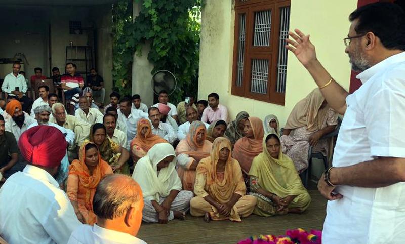 State president, AIJMS, Choudhary Manmohan Singh addressing Jat community at a village in Samba district.
