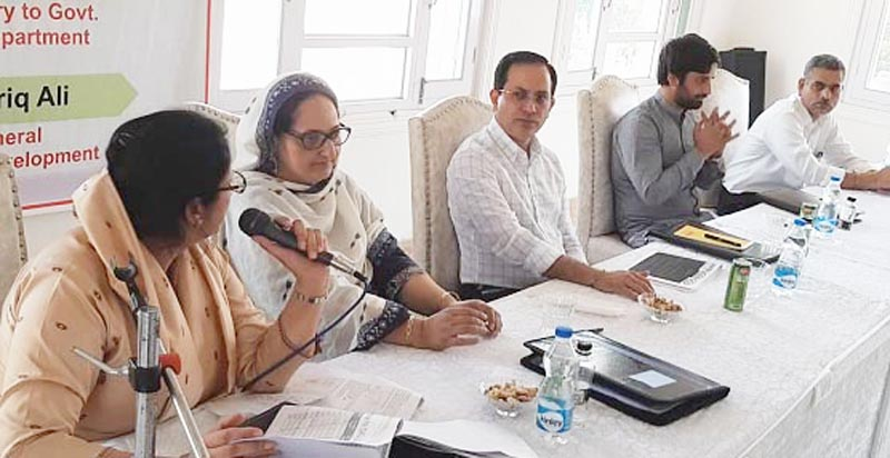 An officer speaking during review of ICDS working by Principal Secy, SWD, Vipul Pathak at Srinagar.