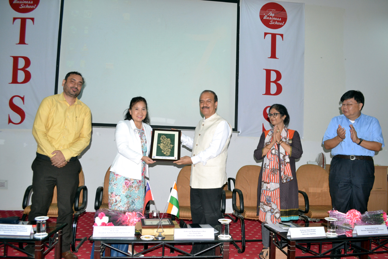 Vice Chancellor of JU along with others during a workshop on 'Entrepreneurship and Innovation' in Jammu on Tuesday.