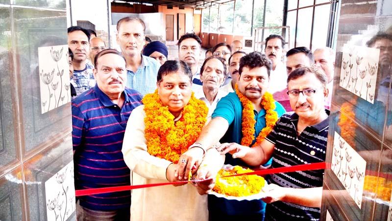 Former Minister, Sat Sharma dedicating washrooms to public at Vishwakarma Sabha, Bakshi Nagar on Sunday.