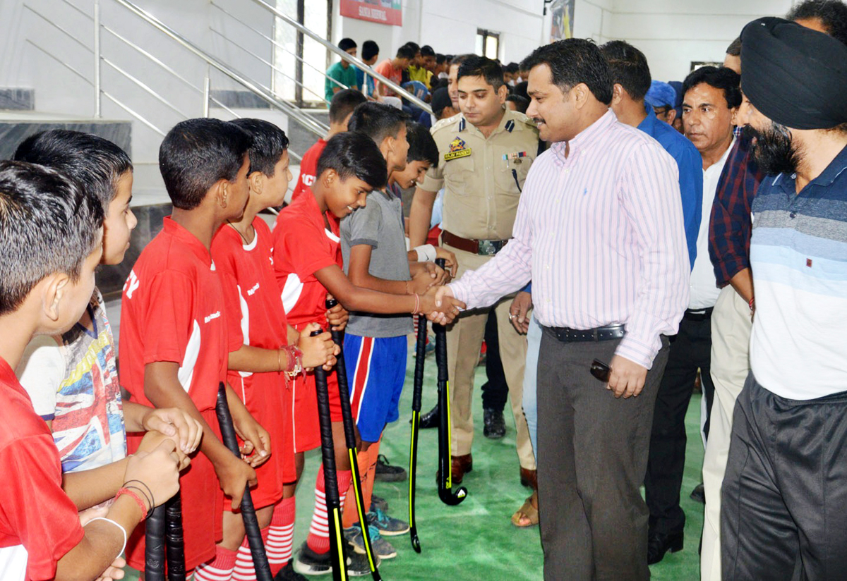 DDC Udhampur, Dr Piyush Singla interacting with players while declaring open special coaching camp under Khelo India at Udhampur.