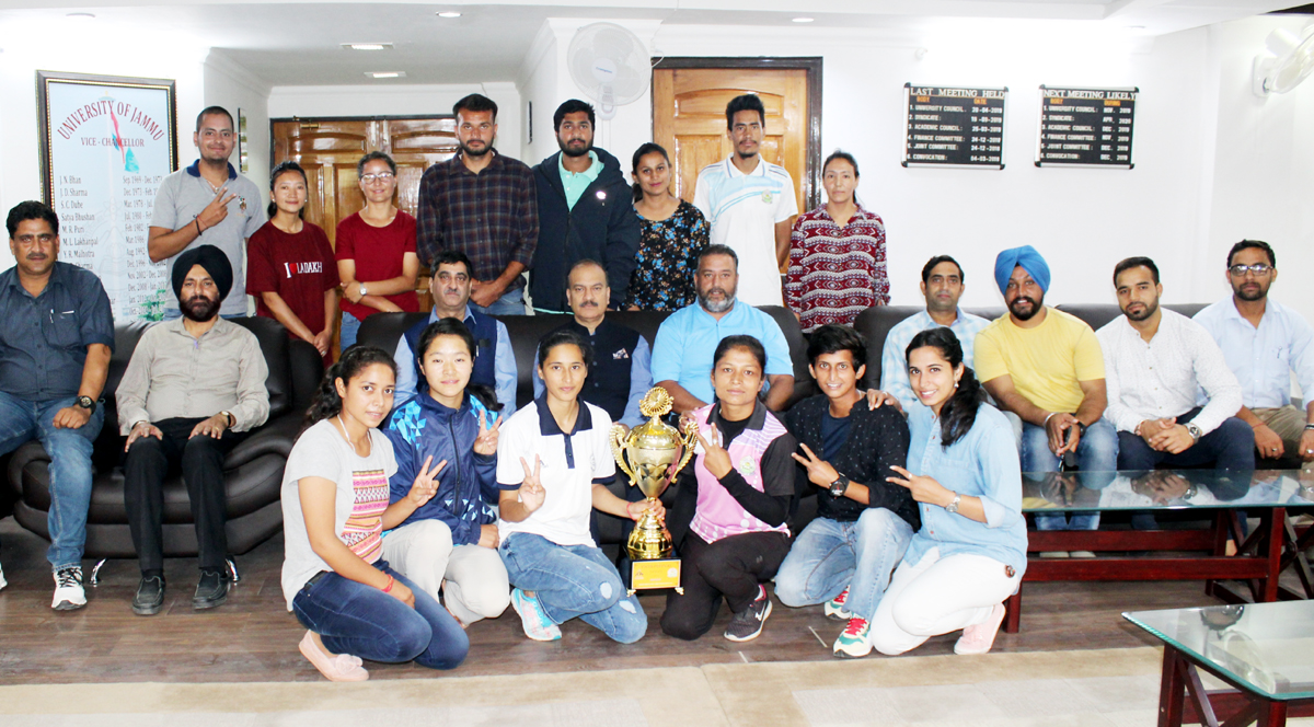 Winners of 'Sangam-2019' posing along with VC JU during felicitation function on Thursday.