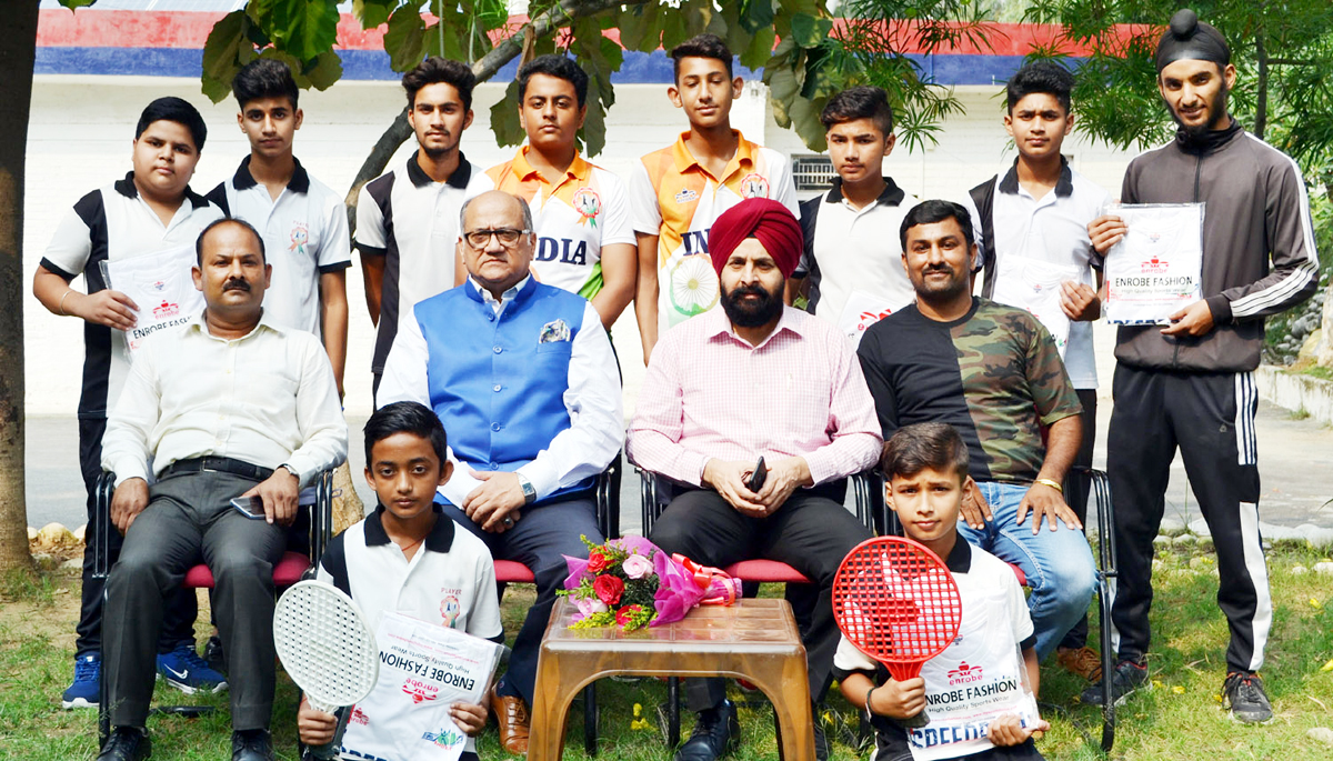 J&K Speedball team posing along with dignitaries before leaving for International event.