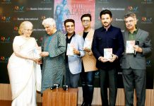 "Asha Paresh, Javed Akhtar, publisher Ajay Mago, Karan Johar, Anil Kapoor and & Khalid Mohamed at the launch of Khalid Mohamed's debut novel ""The Aladia Sisters"", an Om Books International publication, in Mumbai on Monday night. (UNI )"