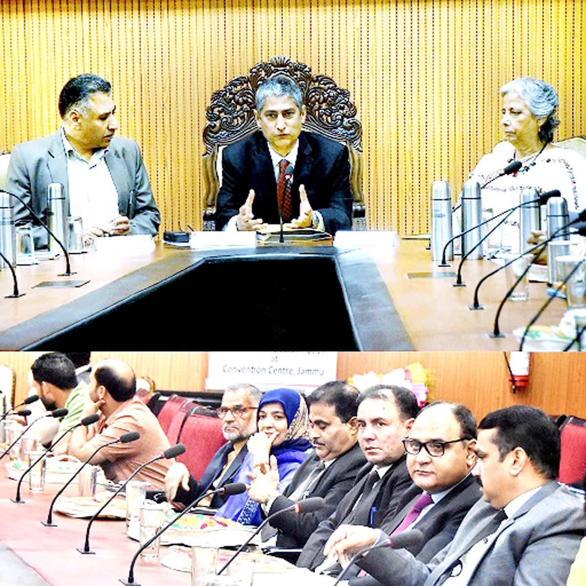 Justice Dhiraj Singh Thakur speaking during Orientation, Consultation Prog on Juvenile Justice Act.