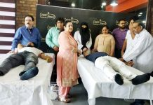 Volunteers donating blood at Count Fitness Gym, Jammu in the presence of Principal, GMC Jammu, Dr Sunanda Raina and others.