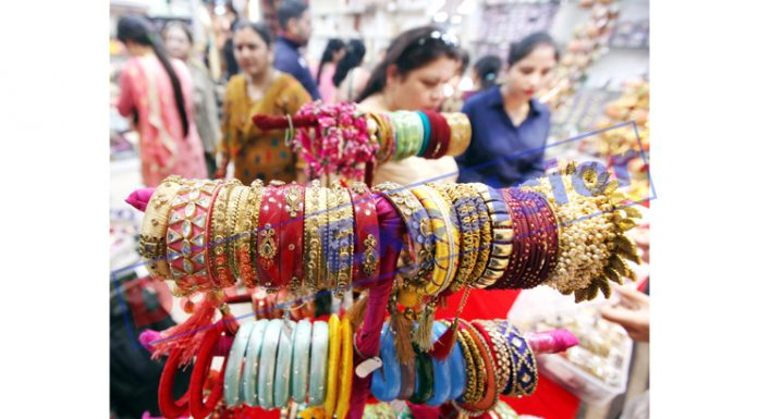 Preparations for Karva Chauth..... —Excelsior/Rakesh