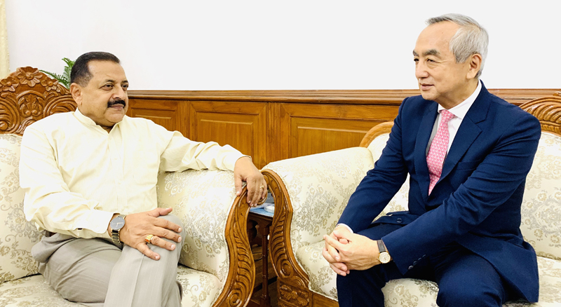 Outgoing Japanese Ambassador to India, Kenji Hiramatsu calling on Union Minister Dr Jitendra Singh for a farewell cum professional meeting, at North Block, New Delhi on Monday.