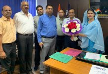 BBIA members felicitating Addl Comm Sales Tax Rifat Kohli during interactive meeting in Jammu.