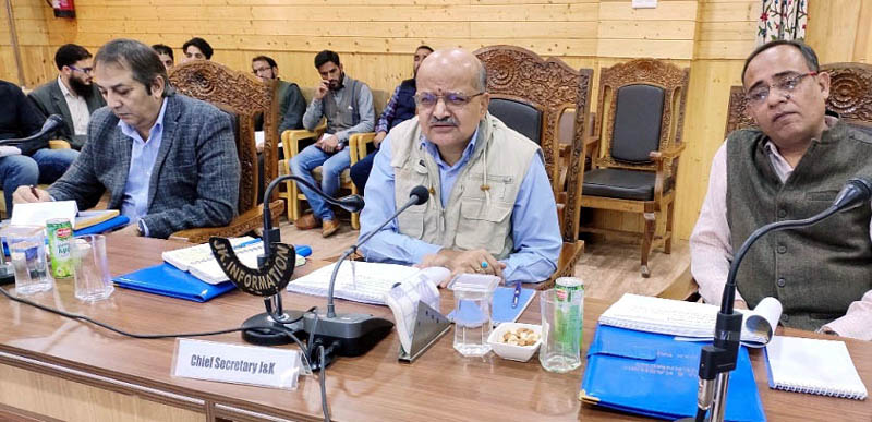 Chief Secretary BVR Subrahmanyam chairing a meeting at Bandipora on Tuesday.