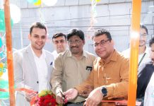 Apollo Pharmacy representatives inaugurating store at Sidhra in Jammu on Monday. -Excelsior/Rakesh