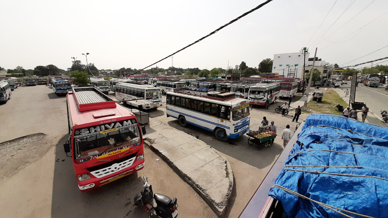Passenger vehicles parked in Bus Stand Kathua due to transporters strike. -Excelsior/Pardeep