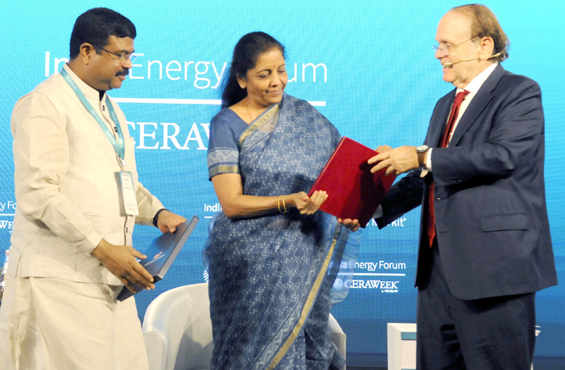 Union Minister for Finance and Corporate Affairs, Nirmala Sitharaman and the Union Minister for Petroleum & Natural Gas and Steel, Dharmendra Pradhan at the third India Energy Forum, in New Delhi on Monday.
