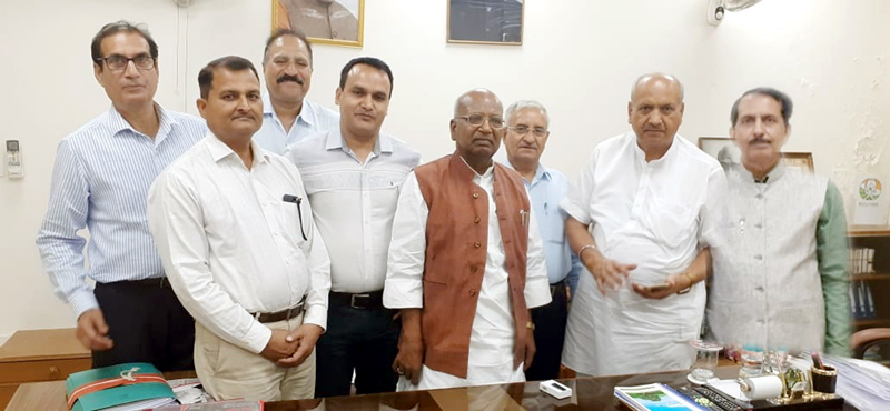Members of OBC delegation and NCBC Chairman posing for group photograph.