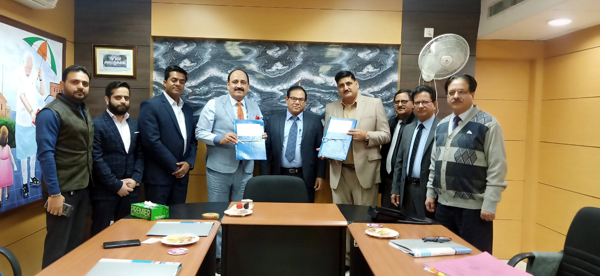 Officials of J&K Grameen Bank and M/s Piaggio Vehicles Private Limited posing for group photograph after signing MoU.