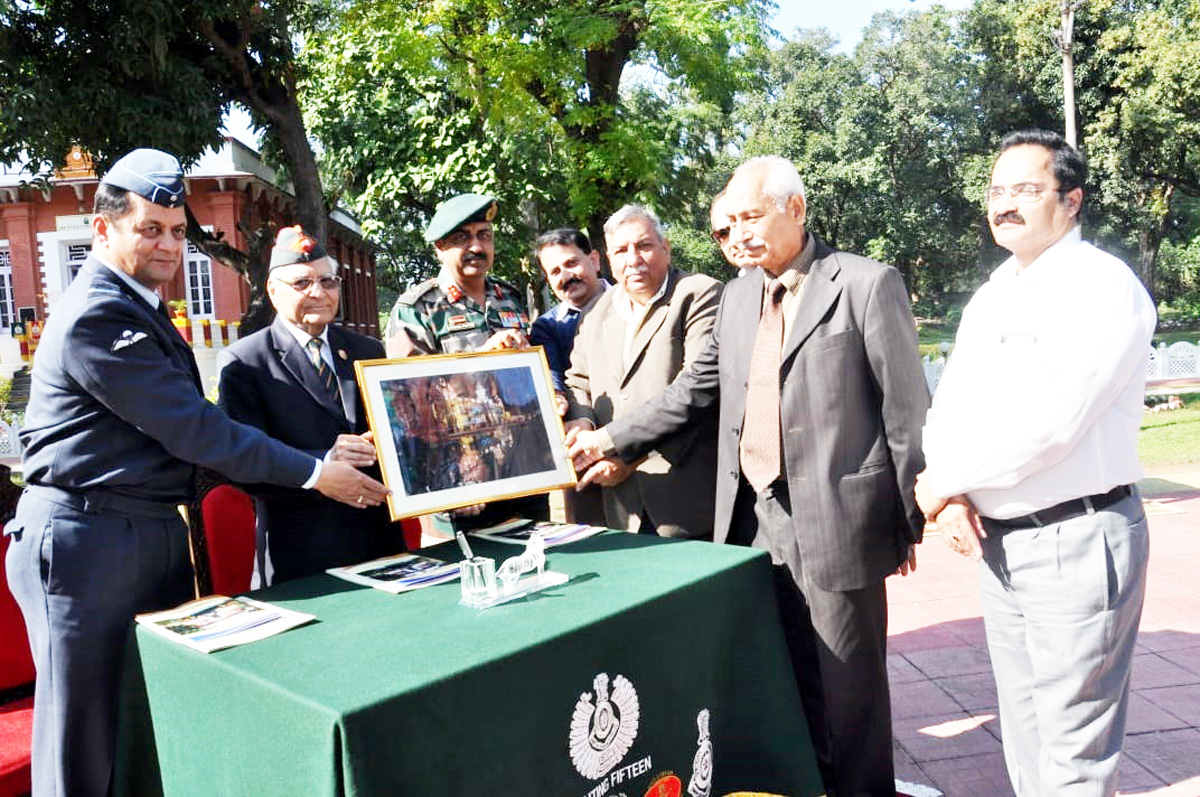 Representative of INTACH and Army officers during celebrations of World Heritage Week at Jammu on Monday.