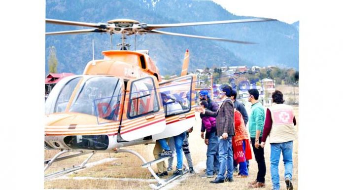 Injured accident victims being airlifted from Kishtwar to Jammu. -Excelsior/Tilak Raj