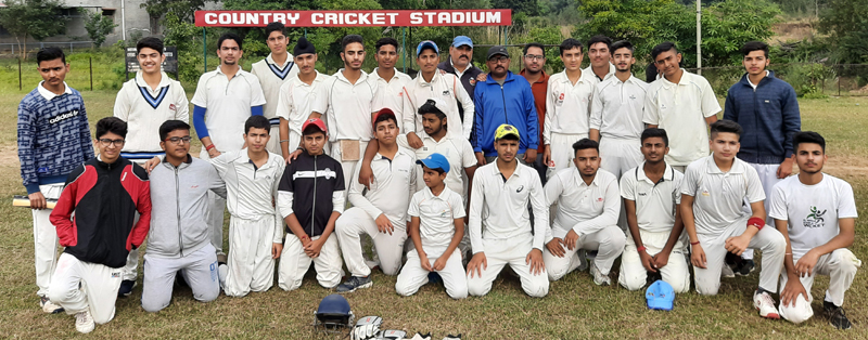 Players of MIER KC International School posing for group photograph.