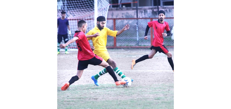 Players in action during a match at GGM Science College ground on Monday. — Excelsior /Rakesh