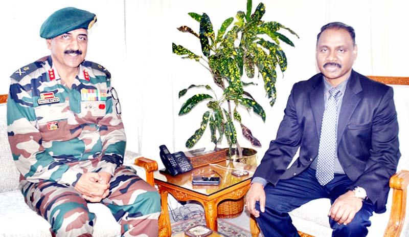 Lt Governor GC Murmu meeting Maj Gen Sharad Kapoor on Tuesday.