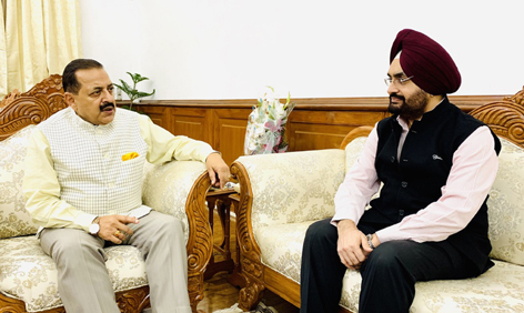 Union Minister Dr Jitendra Singh being updated about the ongoing National Highway projects by Chairman, National Highway Authority of India (NHAI) Sukhbir Singh Sandhu at New Delhi.