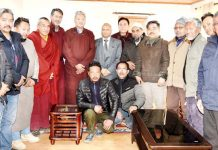 LG Ladakh RK Mathur and delegation of all religious and political parties posing for group photograph.