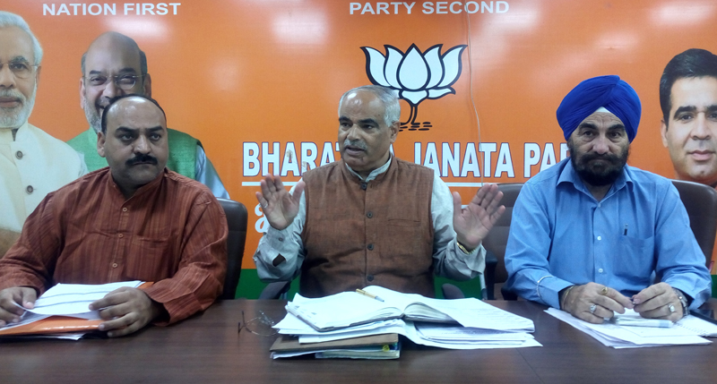 State BJP general secretary (Org) Ashok Koul addressing Distt incharges & co-incharges during one-day workshop on Sunday.