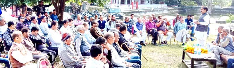 NPP leader Harshdev Singh addressing public gathering at Raipur-Domana in Jammu.