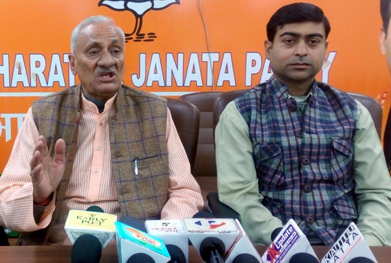 Senior BJP leader, Kuldeep Raj Gupta talking to reporters at Jammu on Thursday.