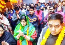 JMC Mayor & Dy Mayor alongwith devotees taking out Prabhat Pheri on Sunday.