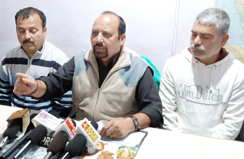 Leaders of Water Works (PHE) Employees Association addressing a press conference at Udhampur on Monday.