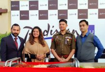SP South Vinay Sharma, RJ Mirchi Shwetima and others during Cake Mixing ceremony at Radisson Blu Hotel.