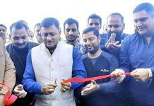 Senior BJP leader, Vibodh Gupta inaugurating Ganesh Motor Garage in Rajouri.