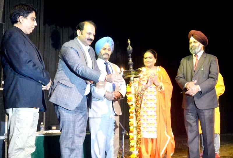 Dr KS Risam, VC SKUAST, Raman Suri, General Secretary Tourism Federation and others inaugurating 'Purvottar Dhara' at Jammu.
