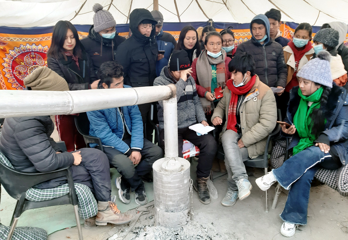 Students sitting on hunger strike at Old Bus Stand in Leh. —Excelsior/Morup Stanzin