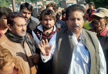 Cong leader Raman Bhalla interacting with people at Rajiv Nagar in Jammu on Wednesday.