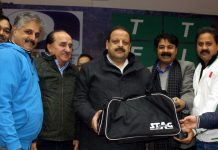 Members of J&K Table Association welcoming Devender Singh Rana, Provincial President NC during TT Nationals in Jammu.