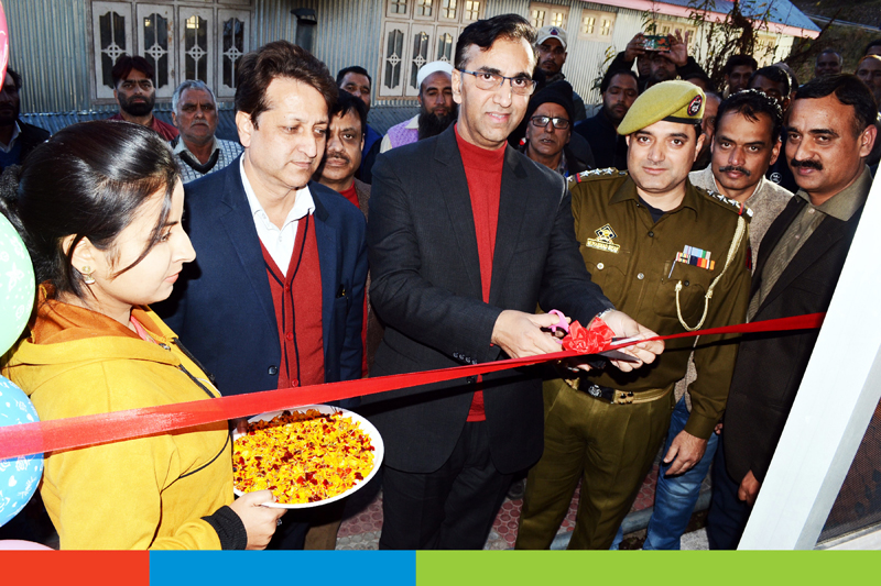 J&K Bank Zonal Head Jammu (North II), Sushil Kumar Gupta inaugurating an ATM at Basantgarh.