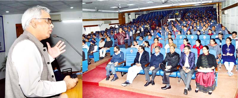 Director General CSIR addressing scientists during IIIM Jammu Foundation Day celebration function on Sunday.