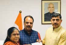 MP Jugal Kishore Sharma & Ex MLA, Akhnoor Rajeev Sharma handing over a memorandum to MoS Rural Development Department Sadhvi Niranjan Jyoti at New Delhi on Friday.