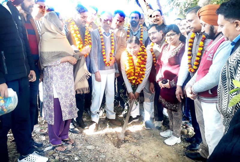 Former Minister, Sat Sharma kick starting upgradation work of Ajay Anand Park at Old Rehari on Sunday.