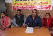 President, NHMEA, Rohit Seth addressing a press conference at Jammu. — Excelsior/Rakesh