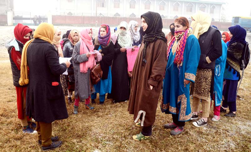Girls participating in recruitment rally in Srinagar. -Excelsior/Shakeel