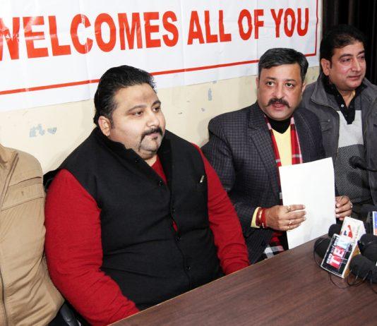 Team Jammu Chairman Zorawar Jamwal addressing a press conference at Jammu on Thursday.— Excelsior/Rakesh
