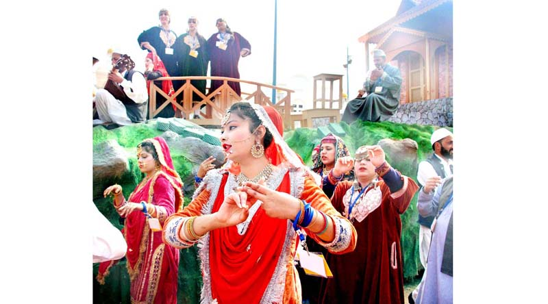 Artists from Jammu and Kashmir performing during the preview of the Tableau participating at the Republic Day celebrations 2020 at Rashtriya Rangshla in New Delhi on Wednesday. (UNI)