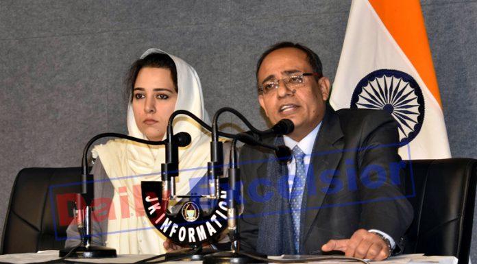 Principal Secretary, Planning & Development Rohit Kansal addressing press conference in Jammu on Tuesday. -Excelsior/Rakesh