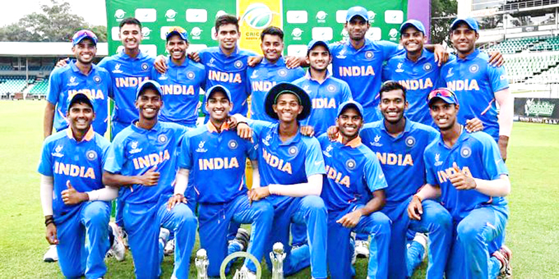 Indian players posing for photograph after defeating Netherlands.