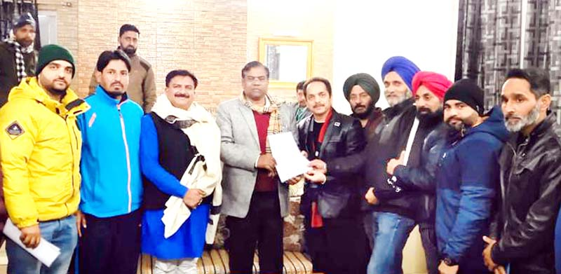Sports fraternity Poonch submitting memorandum to Union Minister, Faggan Singh Kulaste in Poonch.