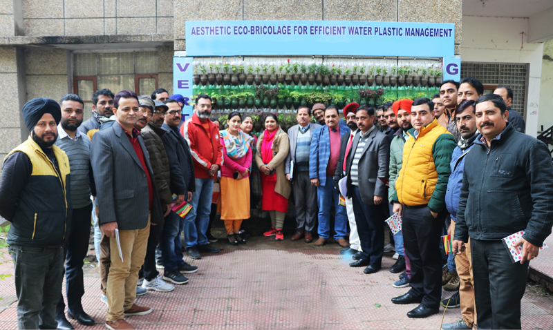 Participants of training programme on 'Urban Agriculture'.