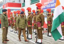 DGP Dilbag Singh being presenting guard of honour at DPL Anantnag.